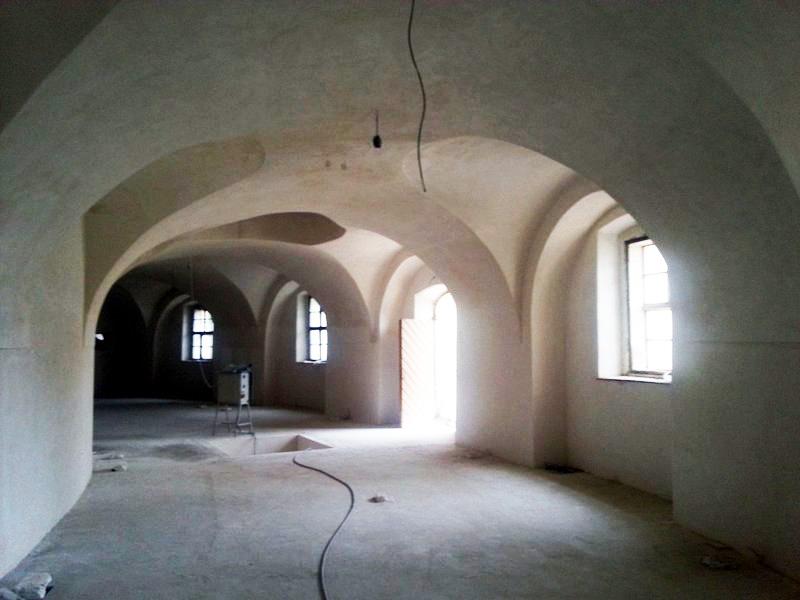 Oprava koníren zámku – Slavkov u Brna